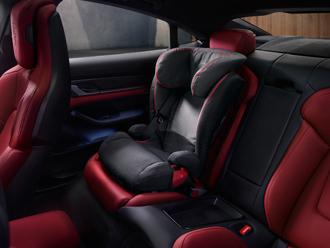 Porsche Junior Plus Seat ISOFIT, G 2 + G 3<br>Aktionspreis EUR 269,–**<br> (statt EUR 290,–)